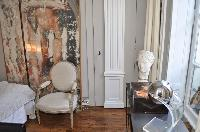 well-designed 1-bedroom Paris luxury apartment with eclectic decorative elements