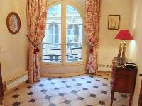 fabulous access to the balcony of Paris - Saint André des Arts 1 luxury apartment