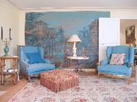 well-appointed Saint Germaine des Prés aux Clercs luxury apartment