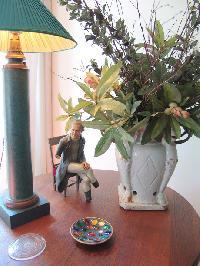 delightful decorative items in Saint Germaine des Prés aux Clercs luxury apartment