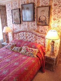cute bedroom in Saint Germaine des Prés aux Clercs luxury apartment