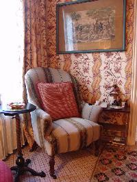 awesome chair in Saint Germaine des Prés aux Clercs luxury apartment