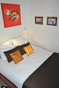 nice bedroom in Paris - Saint Paul 3 SP3 luxury apartment