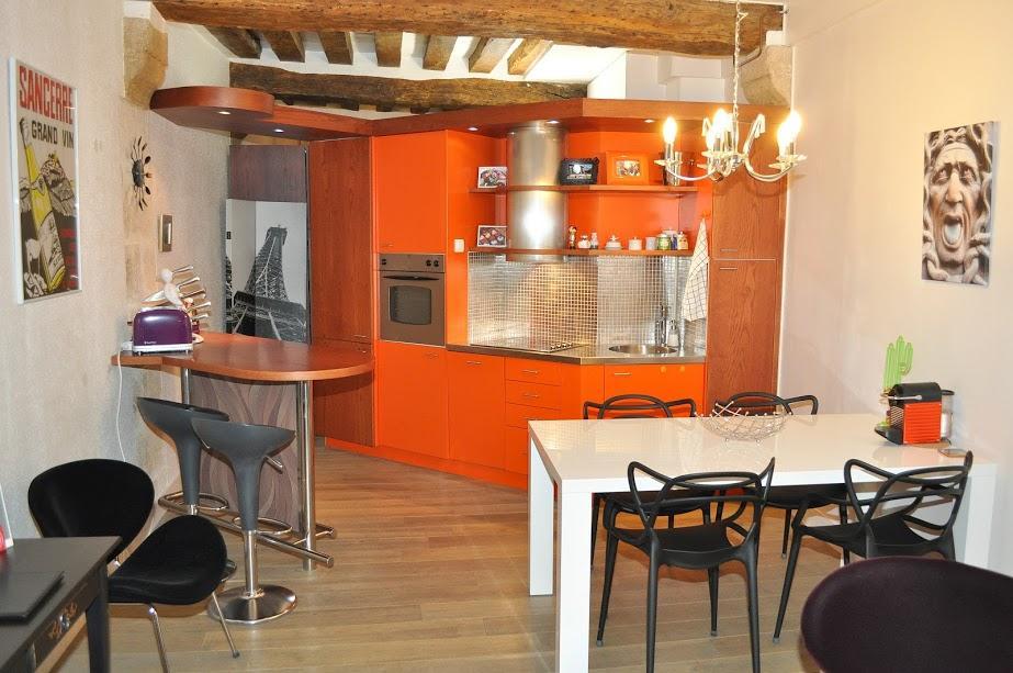 nice Paris - Saint Paul 3 SP3 luxury apartment and holiday home