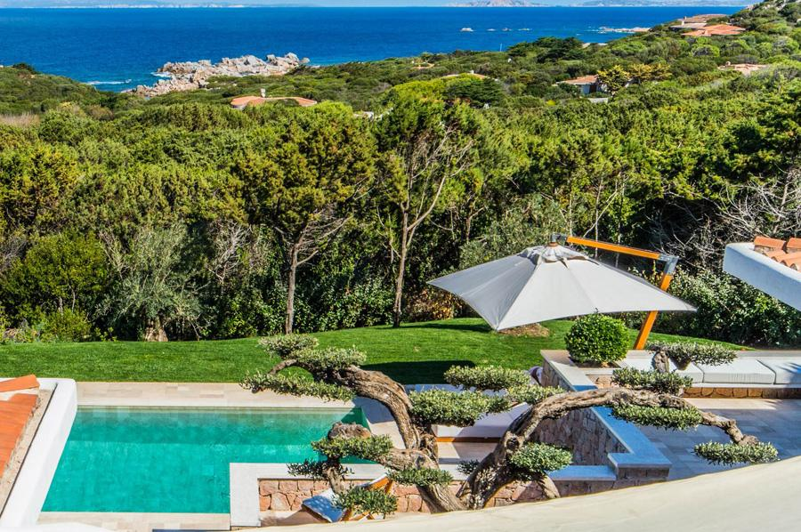 cool poolside of Sardinia - Villa Rest luxury apartment
