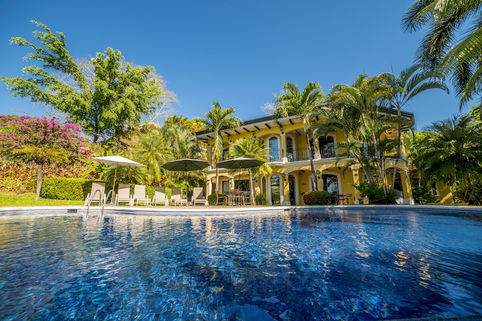 magnificent swimming pool of Costa Rica - Casa Patron luxury apartment and holiday home
