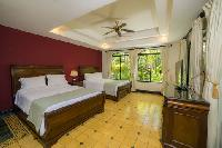 clean and fresh bedroom linens in Costa Rica - Casa Patron luxury apartment and holiday home