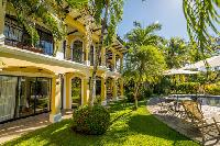 beautiful garden of Costa Rica - Casa Patron luxury apartment and holiday home