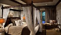 pristine bed sheets in Costa Rica - Villa La Perla luxury apartment and holiday home