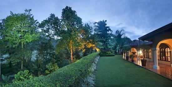 cool garden of Costa Rica - Casa Campana luxury apartment and holiday home