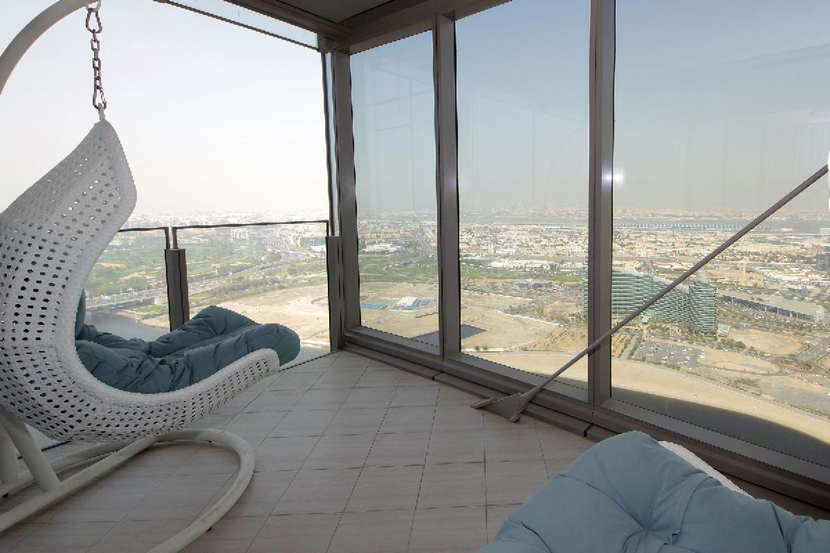 Dubai - Luxury 5 Bedroom Apartment D1 Residences