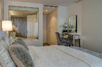 peaceful Dubai - Luxury 1 Bedroom Apartment - D1 T holiday home