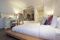 serene Dubai - Luxury 1 Bedroom Apartment D1 Residences holiday home