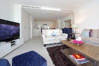 fun Dubai - Luxury 1 Bedroom Apartment D1 Residences holiday home