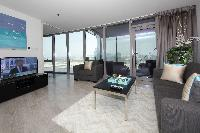 Dubai - Luxury 1 Bedroom Apartment Culture Village
