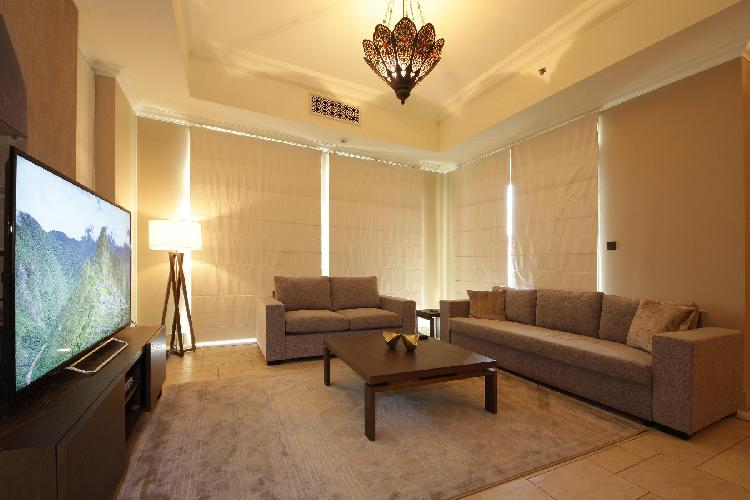 fully furnished Luxury 2 Bedroom Apartment Zafraan holiday home