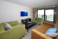 serene Dubai - Luxury Spacious 1 Bedroom Apartment D1 Residences holiday home