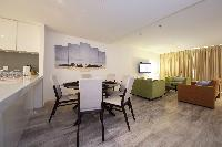 neat Dubai - Luxury Spacious 1 Bedroom Apartment D1 Residences holiday home