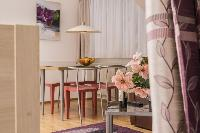 neat Vienna - Apartment 2 with Private Terrace luxury holiday home and vacation rental