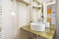 spic-and-span bathroom in