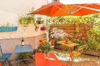 neat garden terrace of Vienna - Apartment 4 Bright Studio luxury holiday home and vacation rental