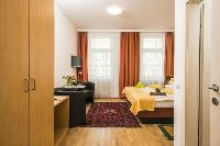 breezy and bright Vienna - Apartment 6 luxury holiday home and vacation rental