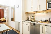 modern kitchen appliances in Vienna - Apartment 6 luxury holiday home and vacation rental