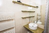 clean and fresh bathroom in Vienna - Apartment 6 luxury holiday home and vacation rental