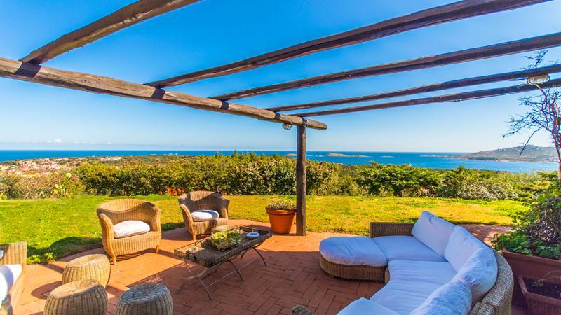awesome verandah with canopy at Sardinia - Villa Sunshine luxury apartment