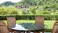 cool garden of Costa Rica Colina 12E luxury apartment