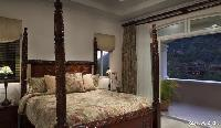 clean and fresh bedroom linens in Costa Rica Colina 14C luxury apartment