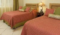 clean and fresh bedroom linens in Costa Rica Colina 5D luxury apartment