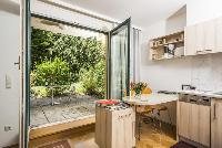 bright and breezy Vienna - Apartment H03 with Garden luxury vacation rental and holiday home