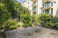 lovely and lush surroundings of Vienna - Apartment H03 with Garden luxury vacation rental and holida