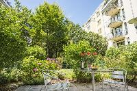 lush and lovely surroundings of Vienna - Apartment H03 with Garden luxury vacation rental and holida