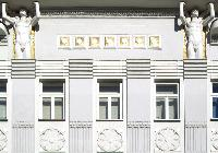 pretty buildings near Vienna - 2 Bedroom Patio Apartment luxury holiday home and vacation rental