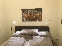 clean and fresh bedroom linens in Vienna - 2 Bedroom Vista Apartment luxury holiday home and vacatio