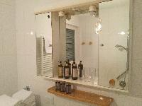 cool lavatory in Vienna - 2 Bedroom Vista Apartment luxury holiday home and vacation rental