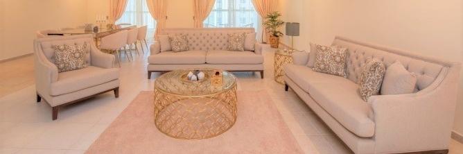 Dubai - Spacious 4 Bedroom Penthouse