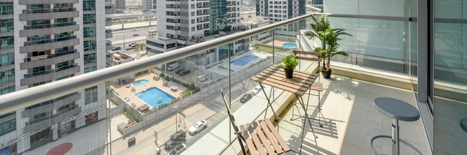 Dubai - Bright And Spacious 1 Bedroom in Trident Bayside