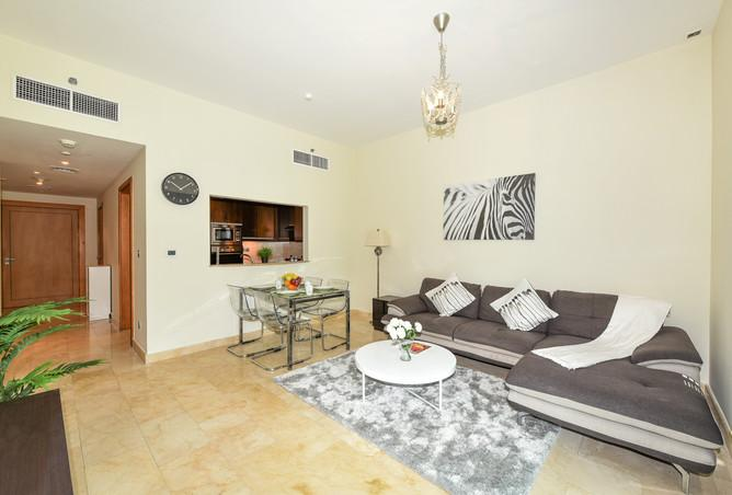neat Dubai - Bright And Spacious 1 Bedroom in Trident Bayside luxury apartment