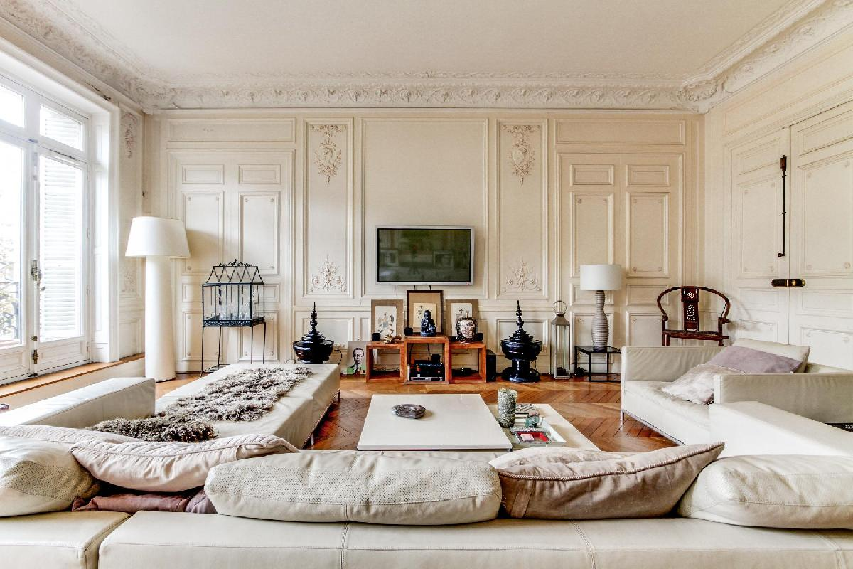 elegant 4-bedroom Paris luxury apartment with high ceilings and long windows