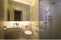 fresh Singapore - Studio Serviced Luxury Apartment, holiday home, vacation rental
