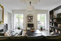 elegant République - Voltaire luxury apartment and holiday home