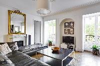 bright and breezy République - Voltaire luxury apartment