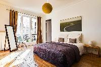 breezy and bright République - Voltaire luxury apartment