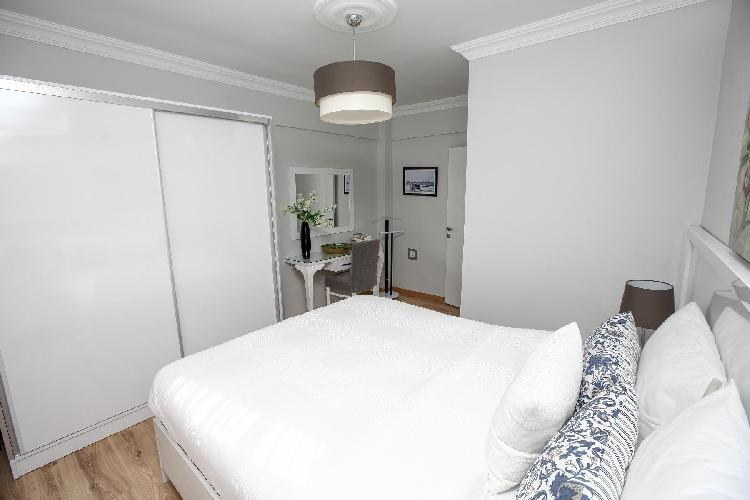 clean and fresh bedroom linens in Istanbul - Blue Zircon 1BR luxury apartment and holiday home