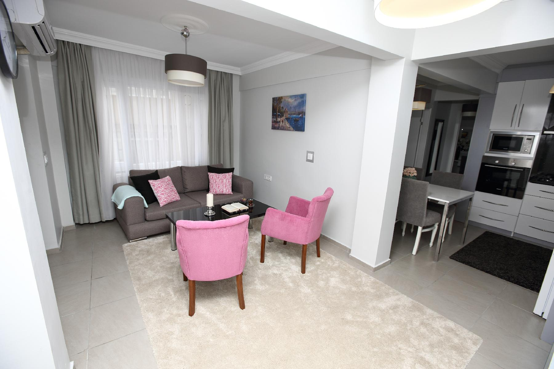 Istanbul - Pink Sapphire – 2 BR Apartment