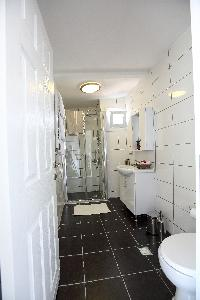 spic-and-span bathroom in Istanbul - Black Opal 1BR Penthouse luxury apartment and holiday home
