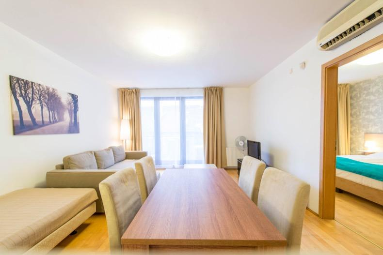 breezy and bright Budapest - 1 Bedroom Apartment Mango luxury holiday home